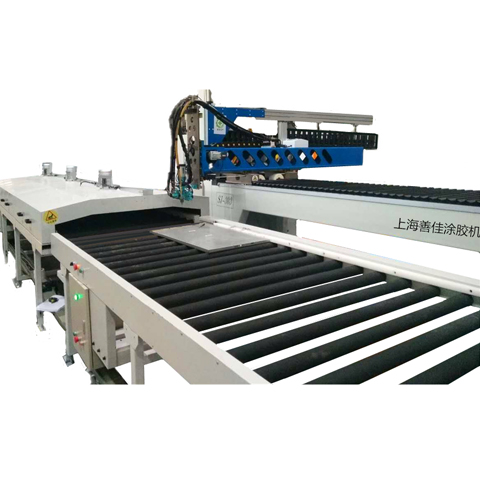 Automatic glue dispensing line